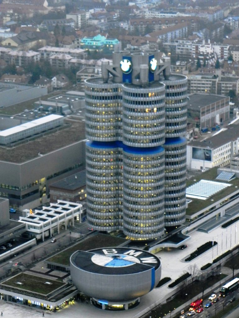 BMW Museum i biurowiec (fot. Autorka)