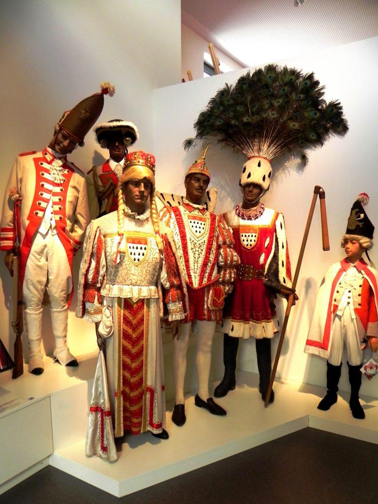 Tradycyjne stroje karnawałowe