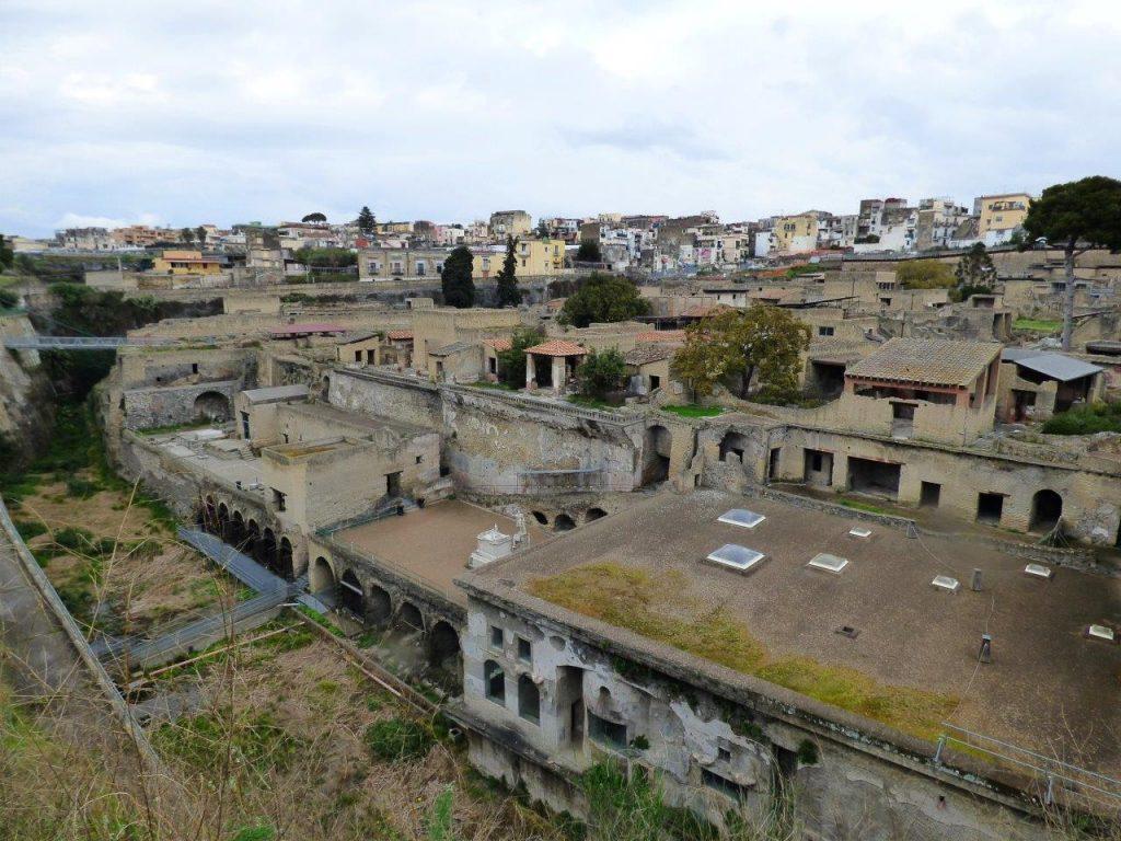 Herkulanum - Widok na ruiny miasta