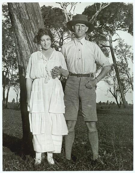 Karen Blixen i Thomas Dinesen lata 1920.